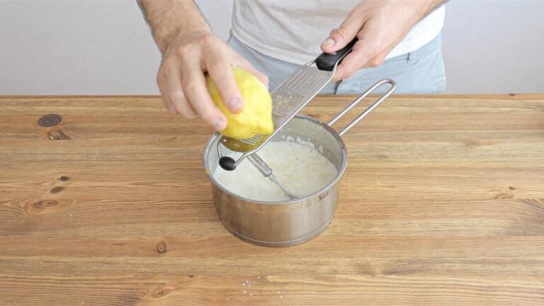 Vegan custard step 02