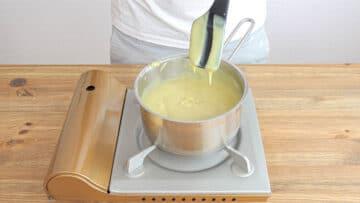 Vegan custard step 04