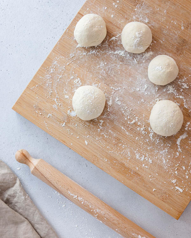 Palline di pasta per il flatbread (focaccia)