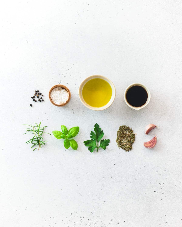 Erbe e condimento per le verdure al forno
