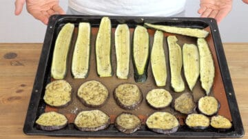 Baked aubergines and zucchini