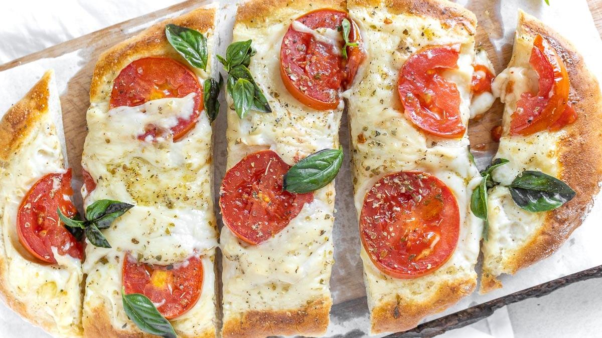 ready to eat vegan flatbread pizza
