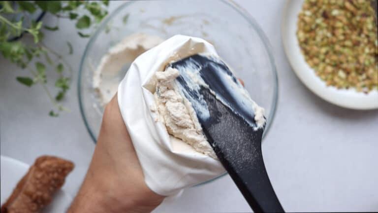 Vegan Cannoli Siciliani Step-18
