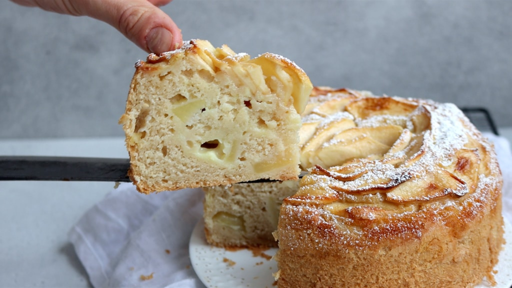 torta di mele ripiena di crema pasticcera