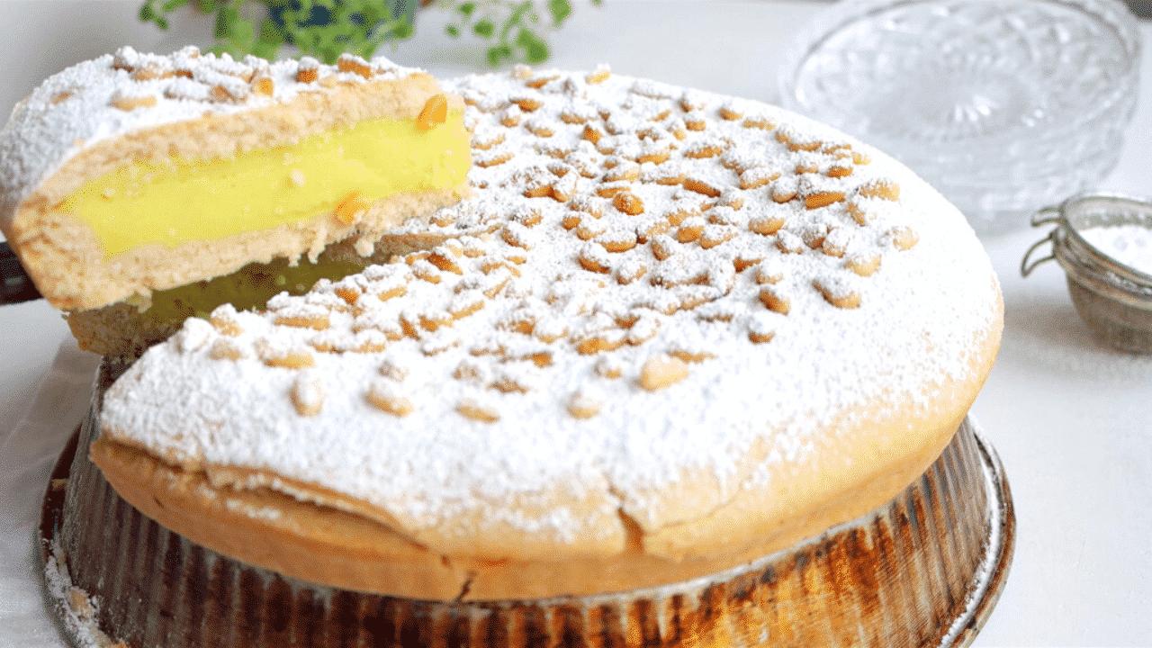 Torta della Nonna Slice and Serve