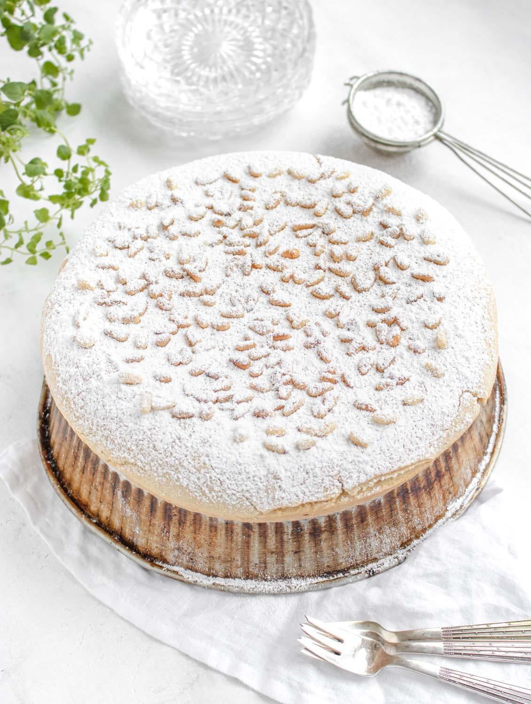 Torta Della Nonna Serving