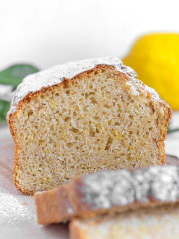 sliced pound cake