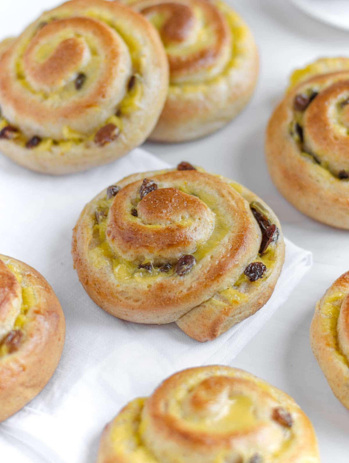vegan brioche roll with custard