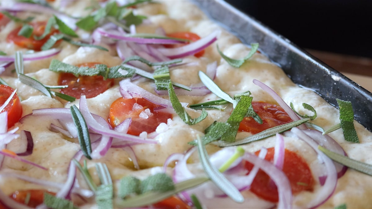 seasoning with coarse salt