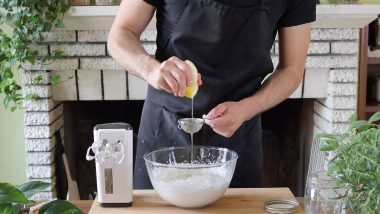 adding lemon juice to the whipped cream