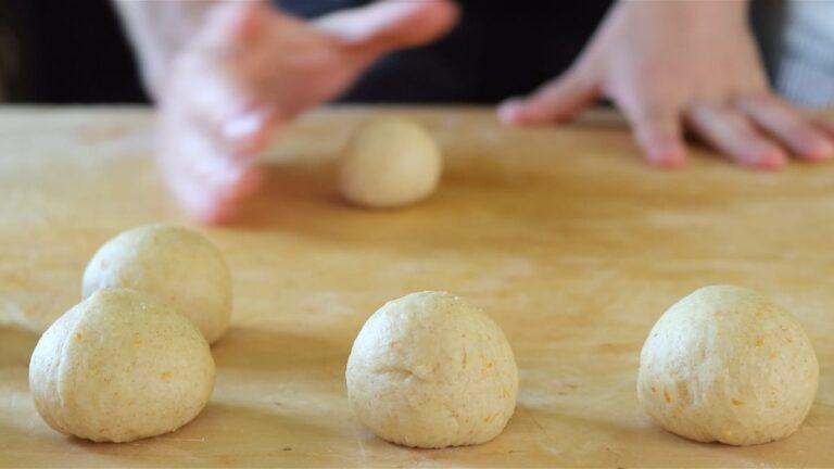 faccio delle palline di pasta