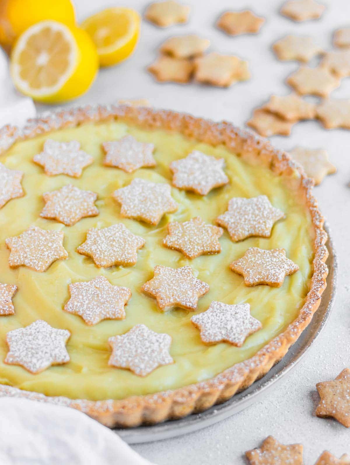 Vegan lemon tart with crunchy crust