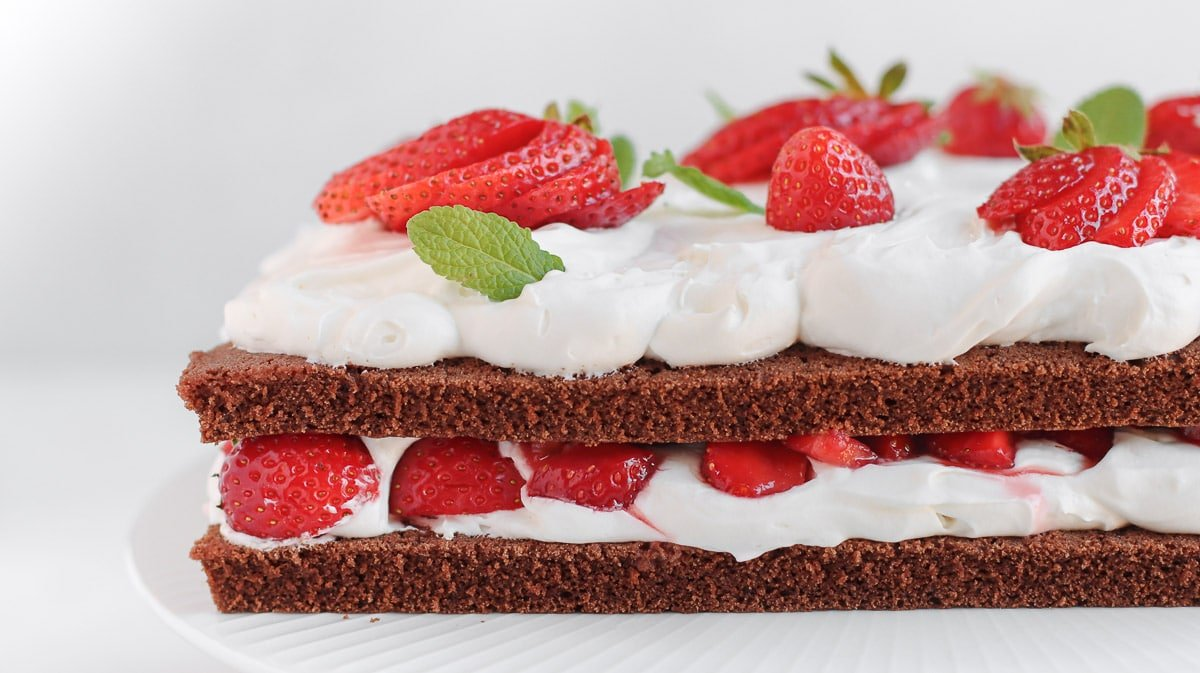 double sheet cake with chocolate and strawberries
