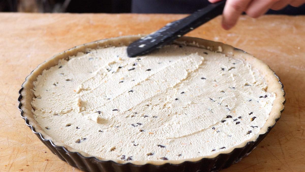 il ripieno alla ricotta dentro la crostata