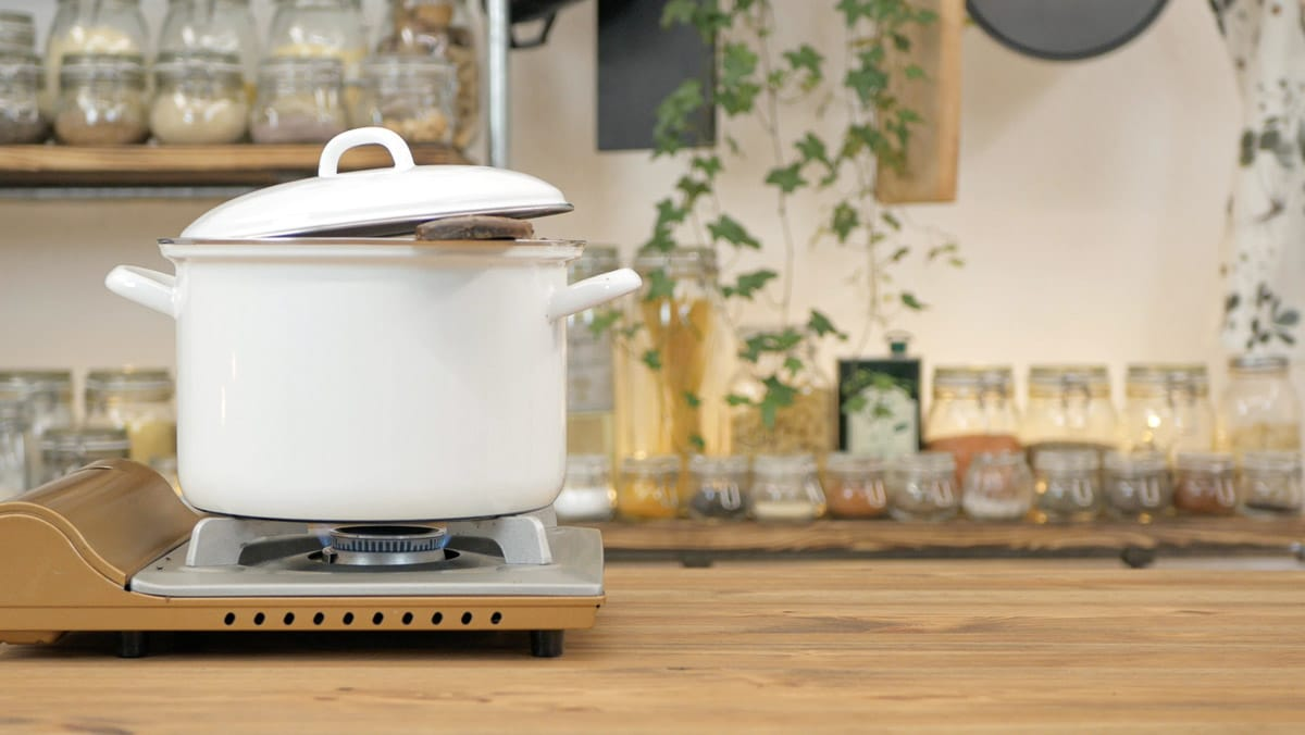 letting the vegan bolognese simmer