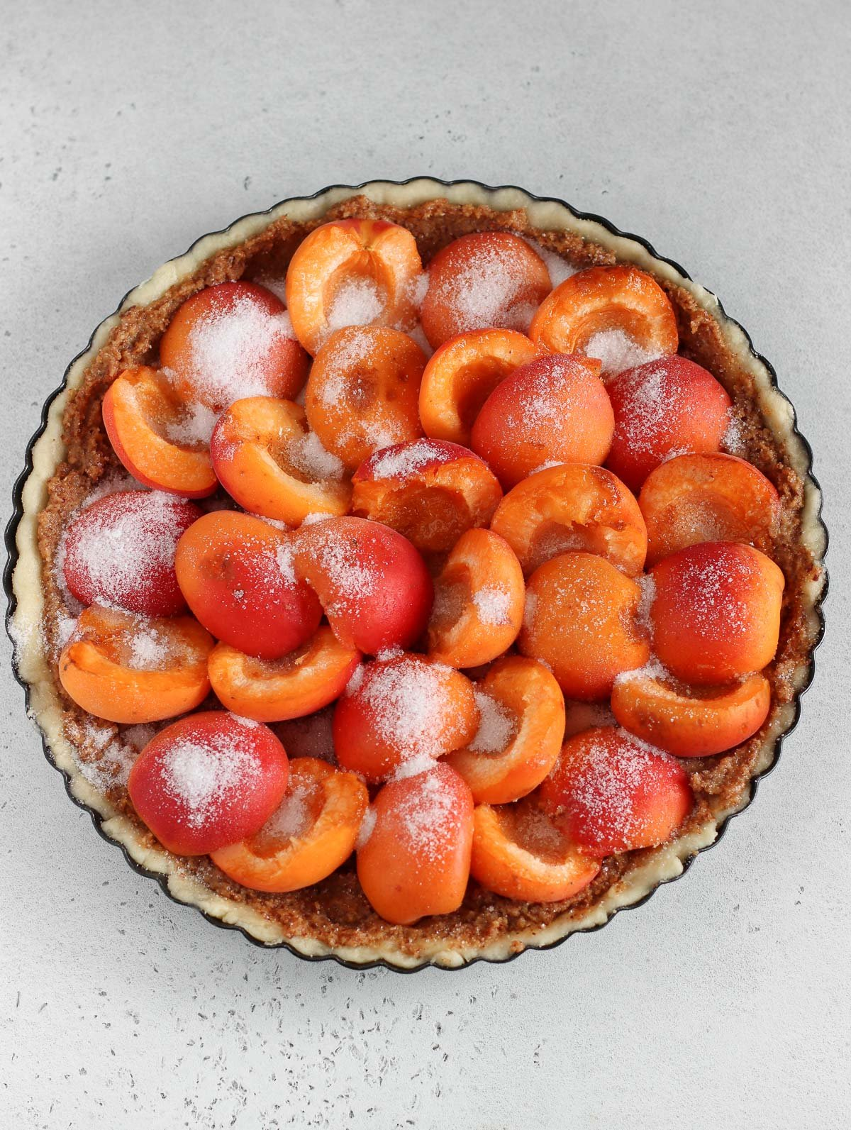 sugar on top of the apricot tart