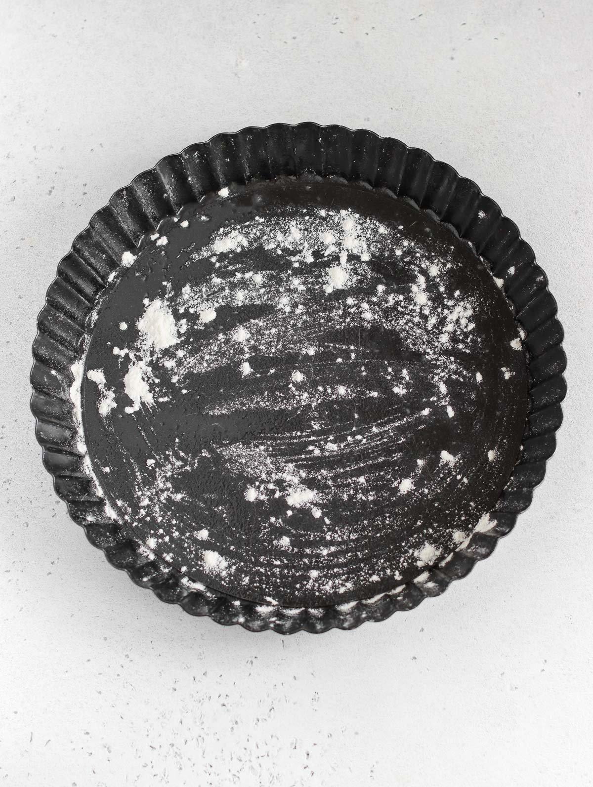 oiled pie dish