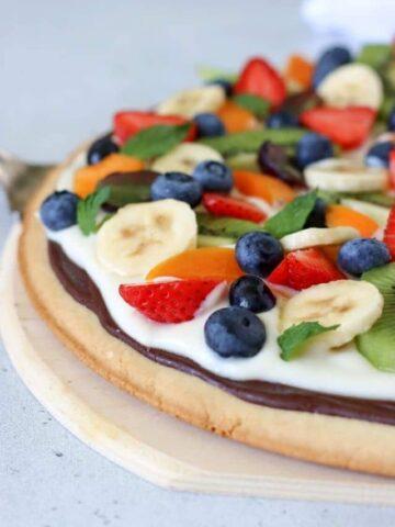 Fruit pizza on a serving platter